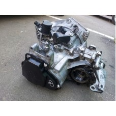 Коробка передач . Механика  1.9 D  TD    VW PASSAT B3