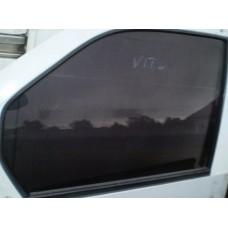 Стекло передней двери левое  MERCEDES VITO W638